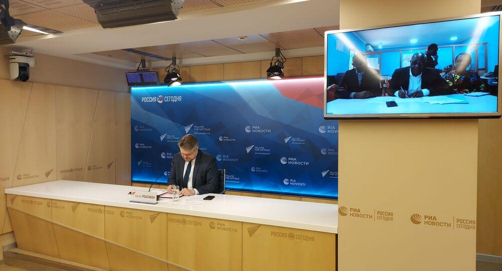 Signature du partenariats entre Forum des As et Sputnik