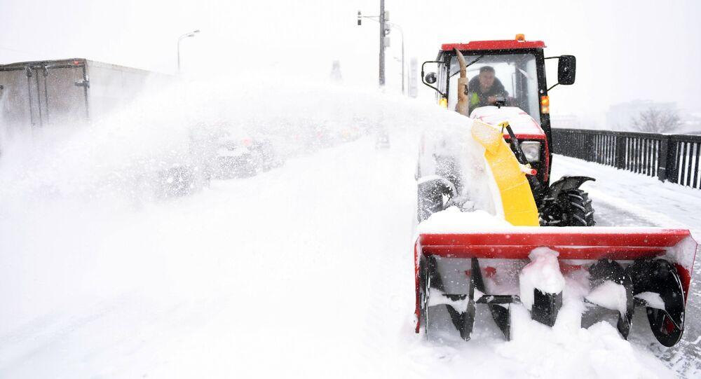 chutes de neige à Moscou