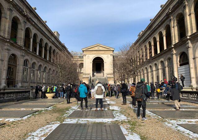 L'occupation de l'Hôtel-Dieu de Paris, 13 février 2021