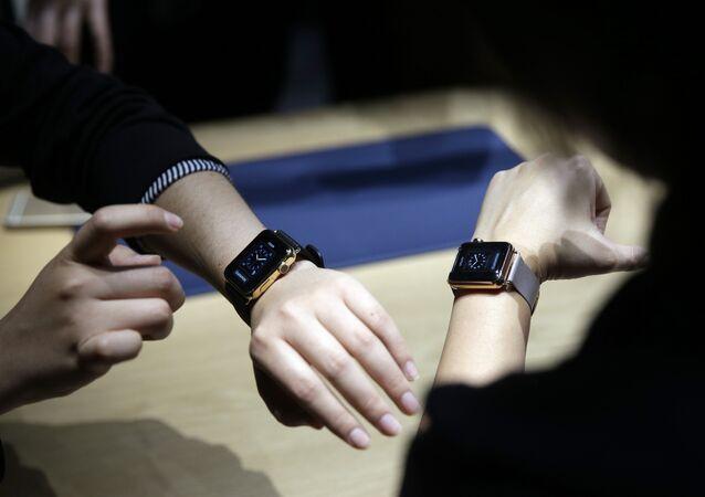 Présentation des Apple Watch en mars 2015