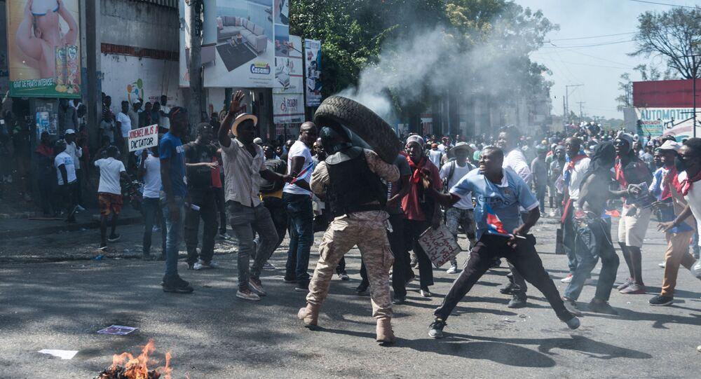 Manifestations en Haïti contre la prolongation du mandat de Jovenel Moïse, le 14 février 2021.