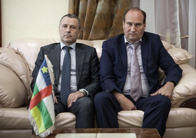 Valeri Zakharov (à droite) Conseiller du Président de la République centrafricaine pour la sécurité nationale