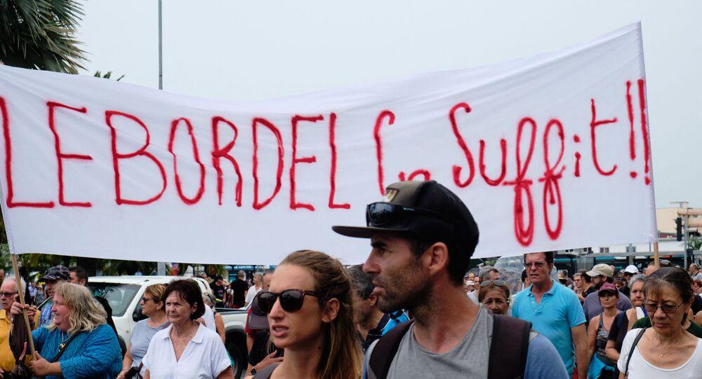 Manifestation des loyalistes en Nouvelle-Calédonie à Nouméa le 12 décembre 2020 (Photo Theo Rouby / AFP)