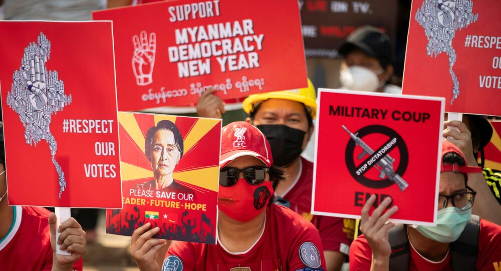 Manifestation en Birmanie, le 21 février 2021