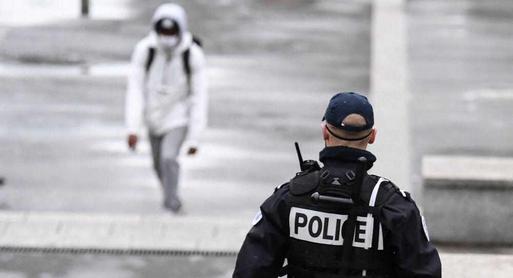 Un policier, image d'illustration