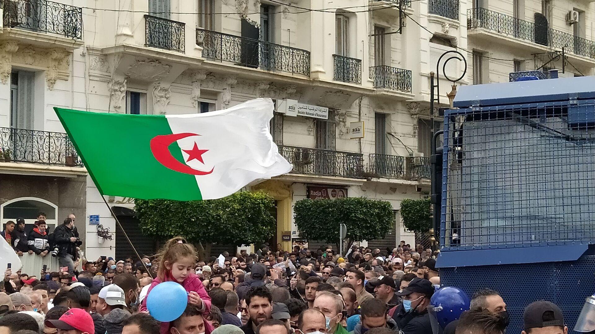 Reprise des marches pacifiques du Hirak à Alger. - Sputnik France, 1920, 26.02.2021