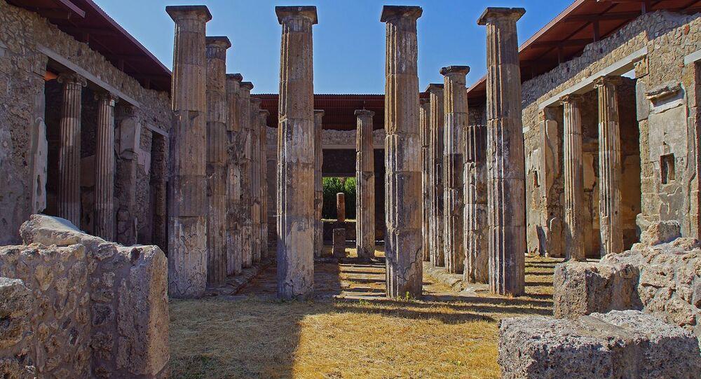 Vestiges d'une villa à Pompéi