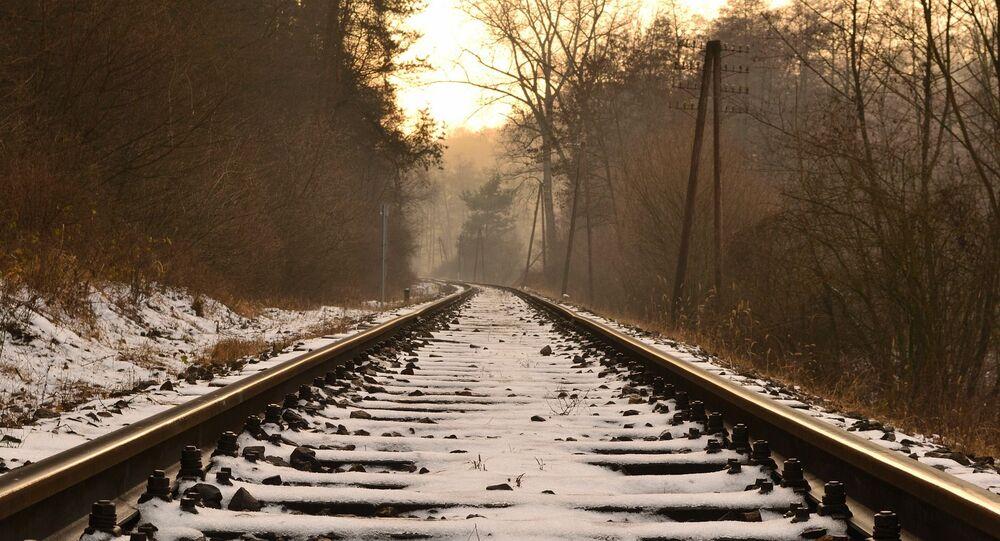 Des rails sous la neige