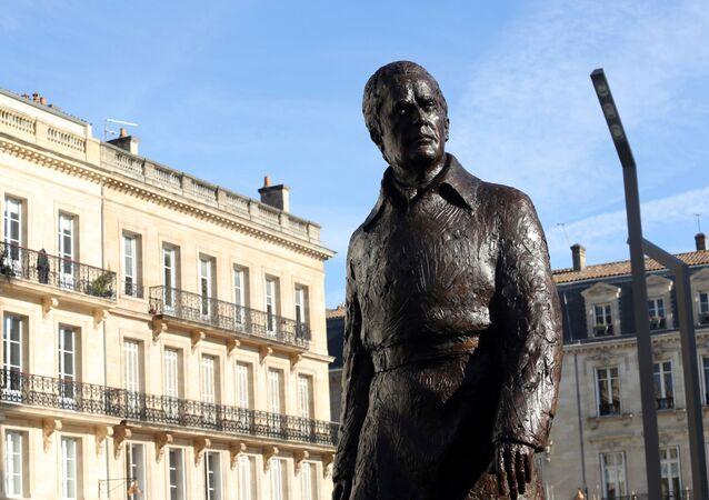 Statue de Chaban-Delmas à Bordeaux