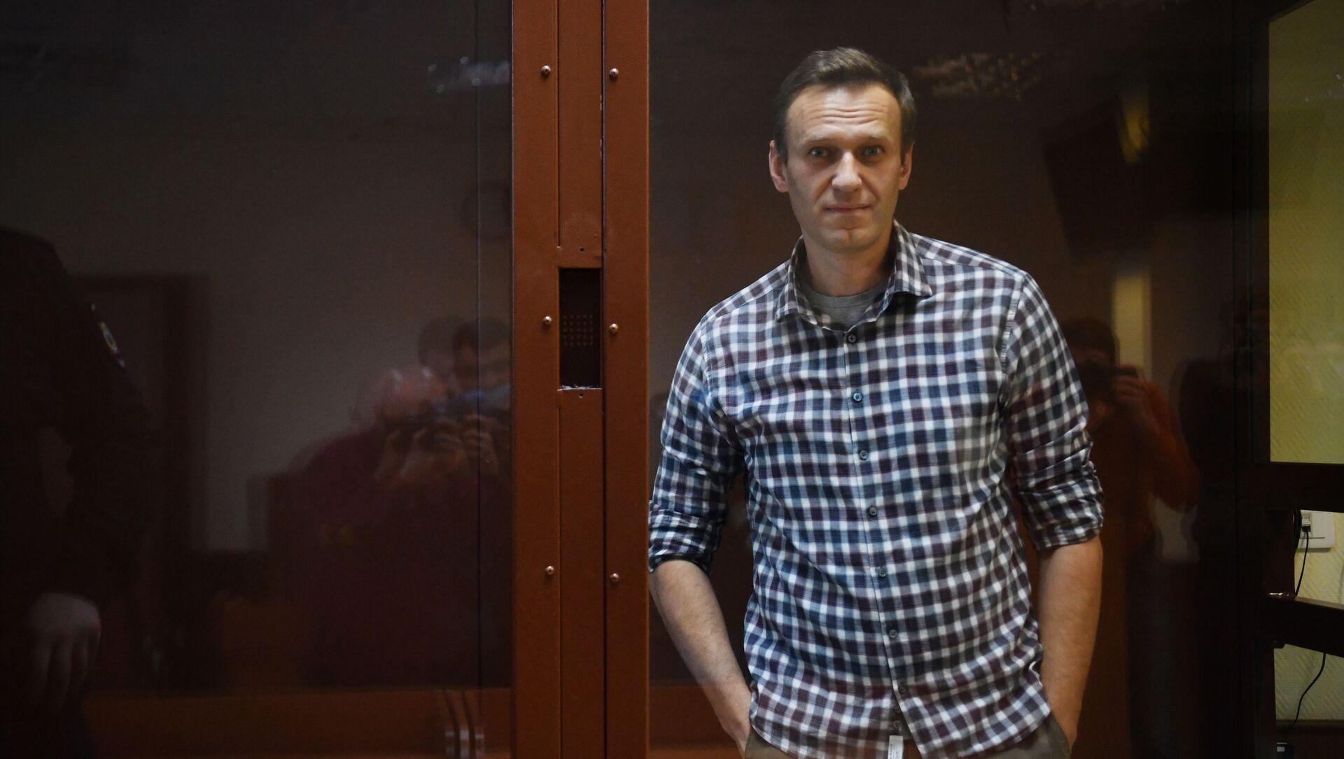 Alexeï Navalny lors de son procès dans le cadre de l'affaire Yves Rocher - Sputnik France, 1920, 02.03.2021