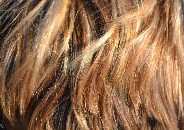 Cheveux de femme