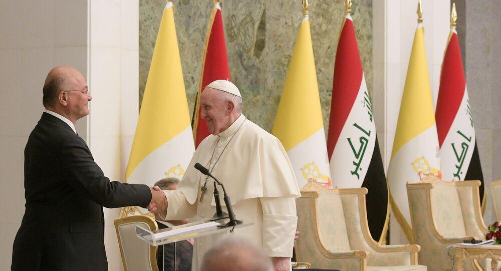 Le Président irakien Barham Salih et le pape François