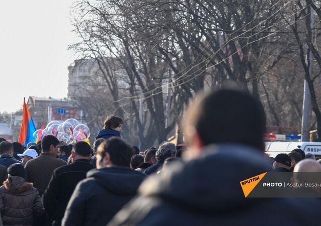 Manifestation à Erevan, le 6 mars