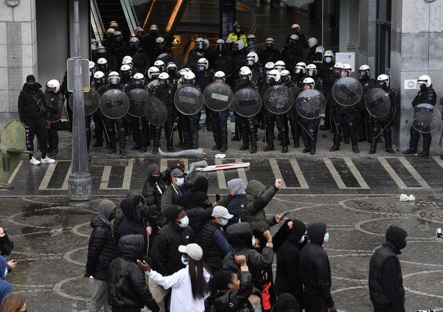 Des incidents dans le centre de Liège en marge d'une manifestation le 13 mars