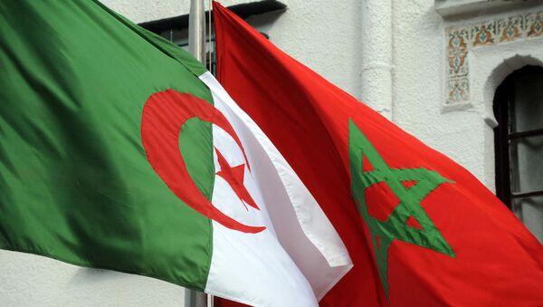 Drapeaux de l'Algérie et du Maroc - Sputnik France