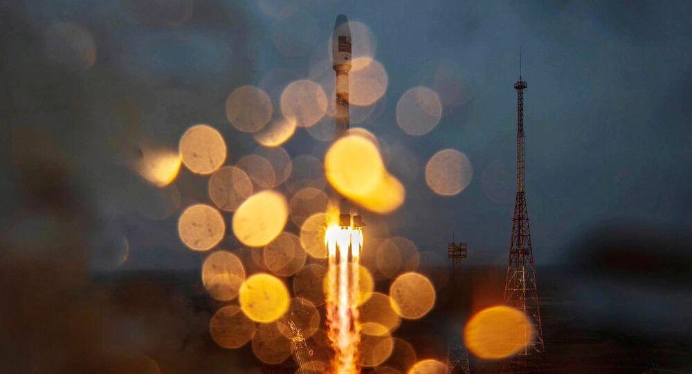 Lancement de la fusée Soyouz 2.1a avec l'étage de propulsion Fregat, le 22 mars 2021 au cosmodrome de Baïkonour