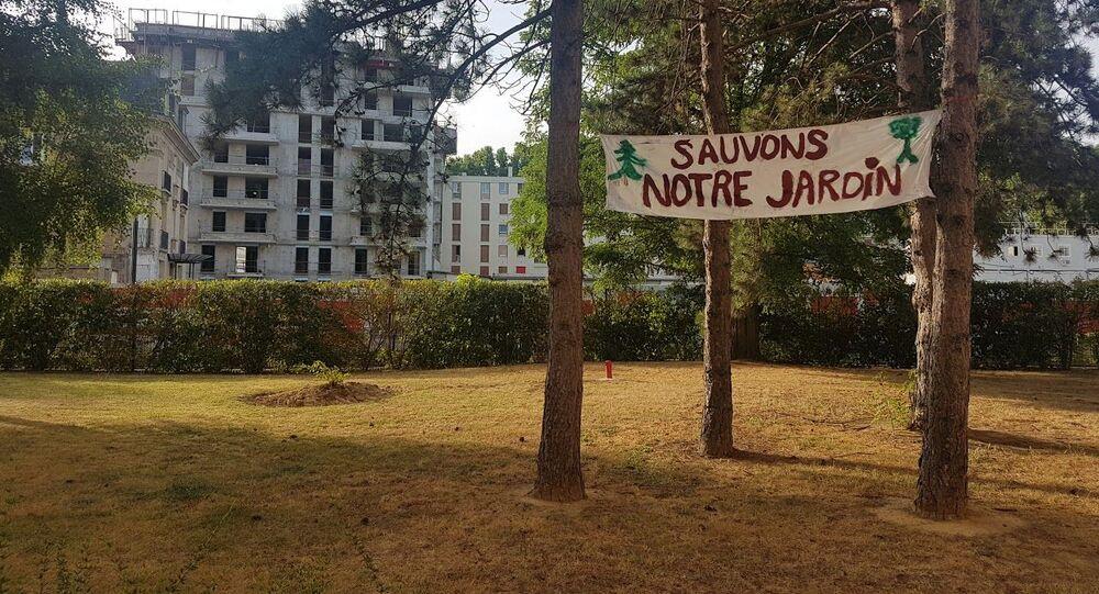 L' amicale de la résidence Bateliers-Antonini à Clichy se bat pour ses espaces verts