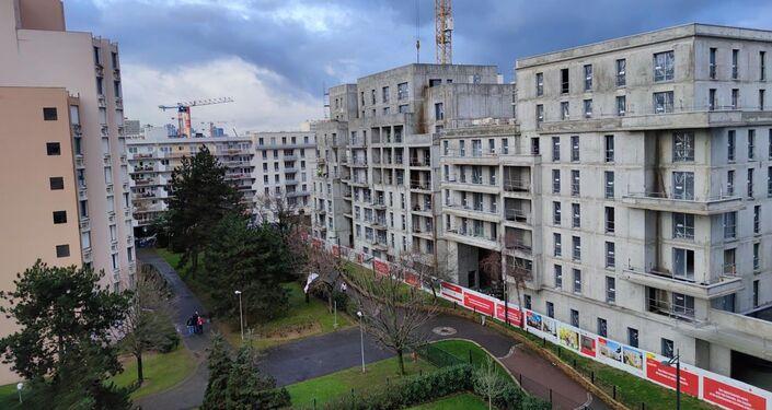 Voisinage : nouveaux  immeubles après destruction de la crèche municipale à Clichy
