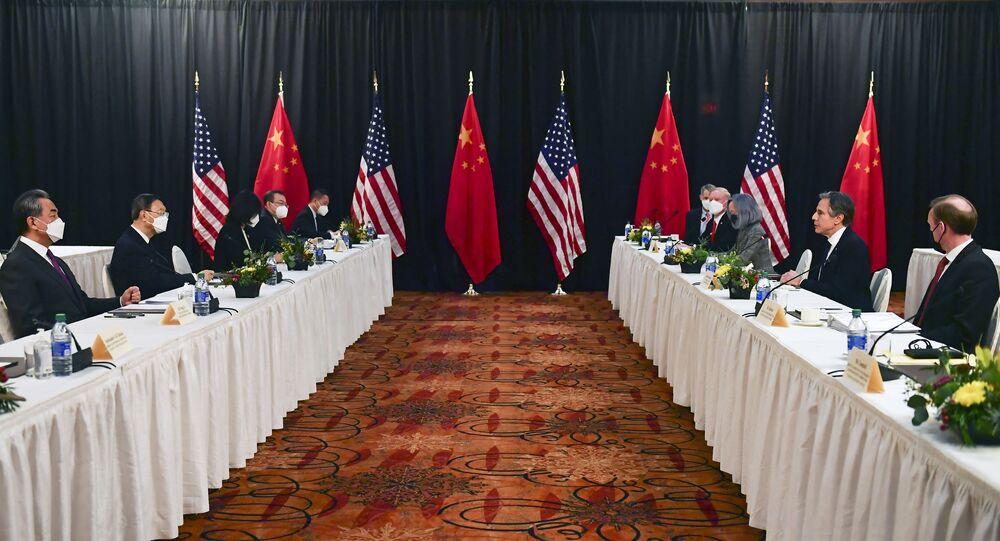 Rencontre des diplomaties américaine et chinoise en Alaska le 18 mars (Photo by Frederic J. BROWN / POOL / AFP)
