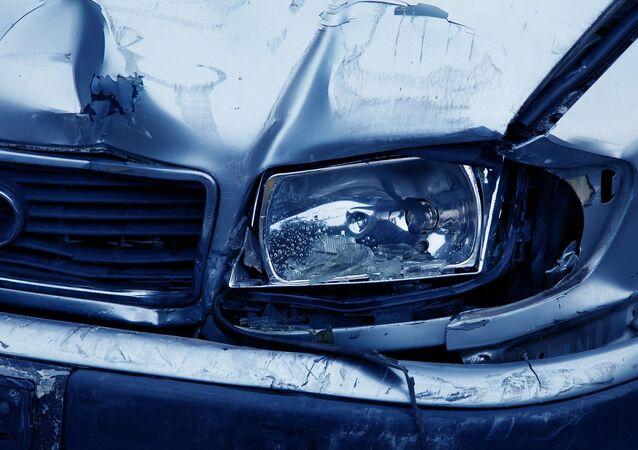 Une voiture cassée