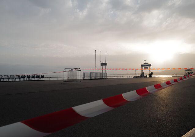 La promenade des Anglais en plein confinement à Nice, février 2021