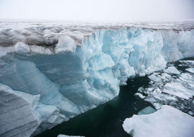 Un glacier de l'archipel François-Joseph (archive photo)