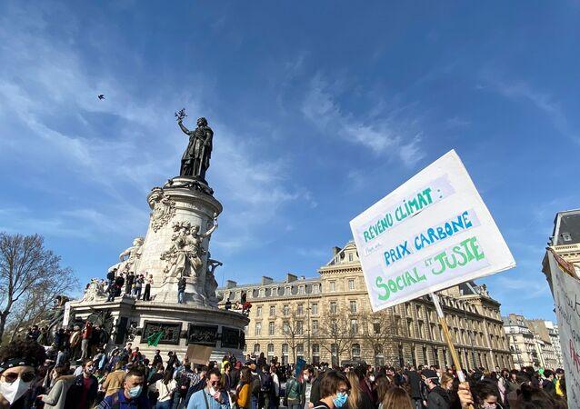 Mobilisation écologiste à Paris: marche pour une «vraie» loi Climat, 28 mars 2021