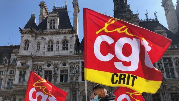 Une manifestation d'intermittents de l'emploi devant l'Hôtel de Ville à Paris, 2 avril 2021 - Sputnik France