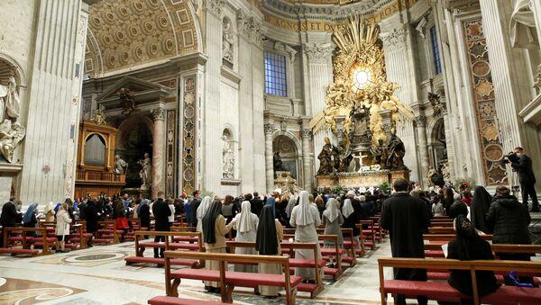 Папа Римский Франциск во время празднования Пасхи в Ватикане - Sputnik France