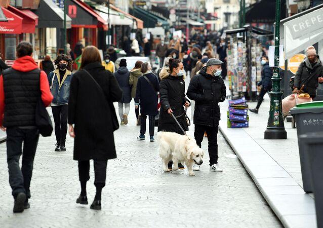 Une rue à Paris, le 20 mars 2020