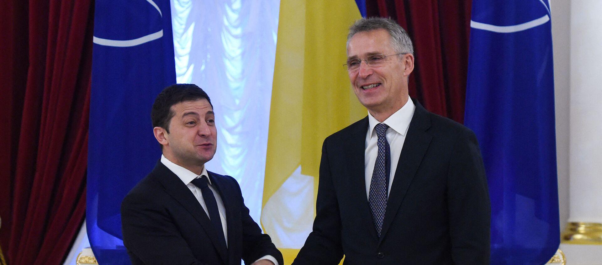 Rencontre à Kiev entre le président ukrainien Volodymyr Zelensky et le secrétaire général de l'OTAN Jens Stoltenberg, 31 octobre 2019. - Sputnik France, 1920, 07.04.2021