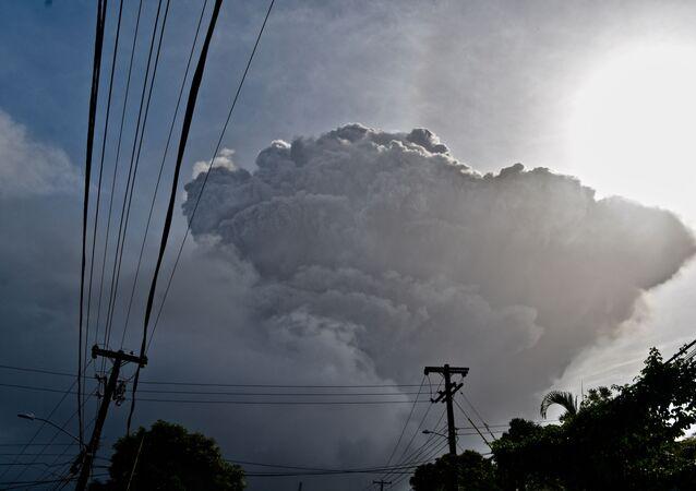 Éruption du volcan caribéen La Soufrière