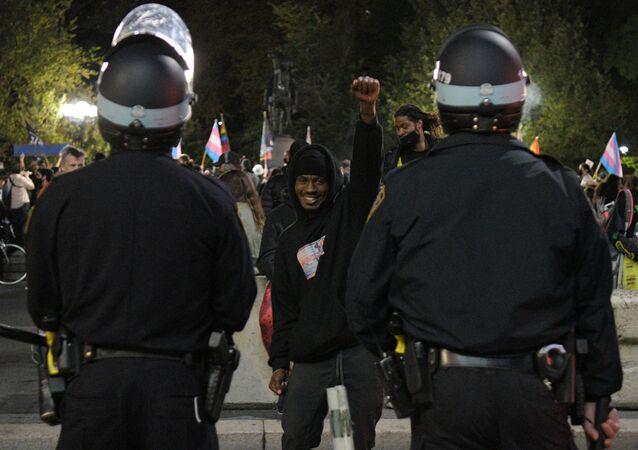 La police américaine lors d'une manifestation BLM