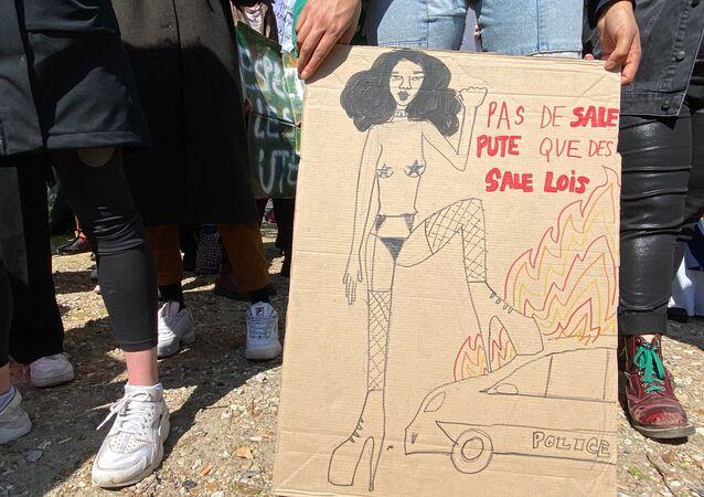 Mobilisation des travailleurs et travailleuses du sexe sur l'Esplanade des Invalides à Paris, le 13 avril 2021
