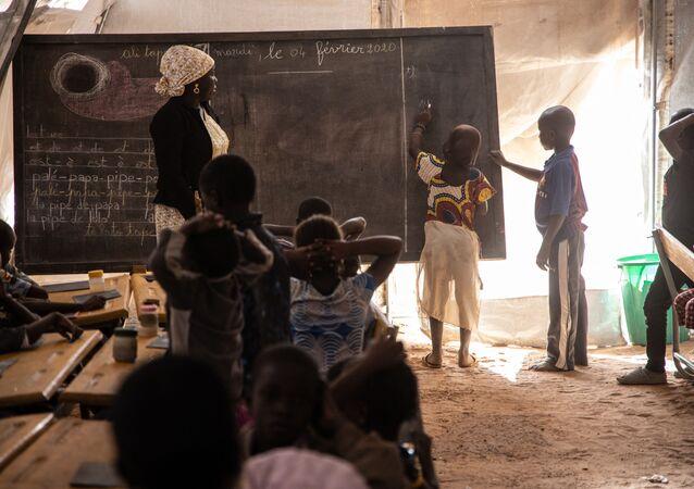 Les enfants de l'école primaire à Dori, au Burkina Faso le 4 févrir 2020.