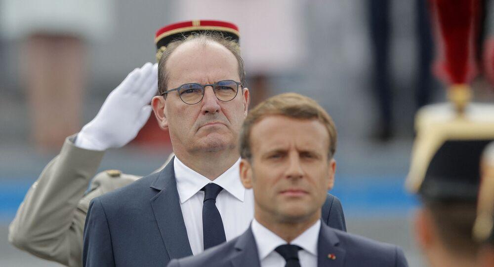 Le Président de la République française Emmanuel Macron et son Premier ministre Jean Castex lors du défilé militaire du 14 juillet 2020