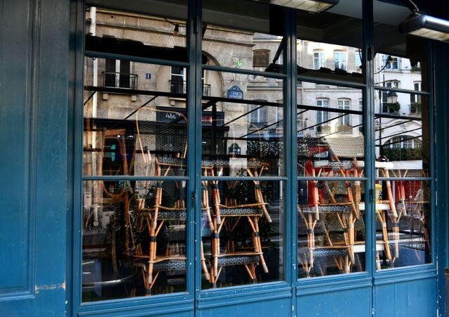 Café fermé à Paris (photo d'archives)