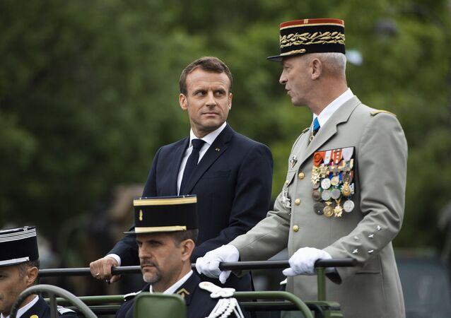 Emmanuel Macron et François Lecointre, Chef d'Etat major des armées