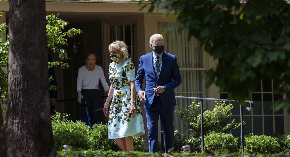 La famille Biden rend visite à l'ex-Président Jimmy Carter