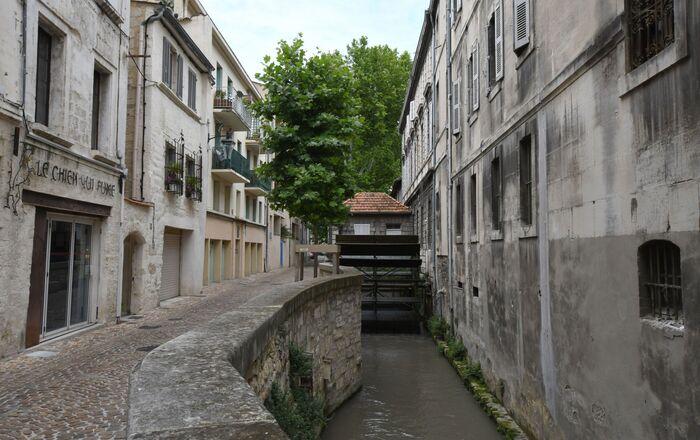 Avignon, rue de Teinturiers