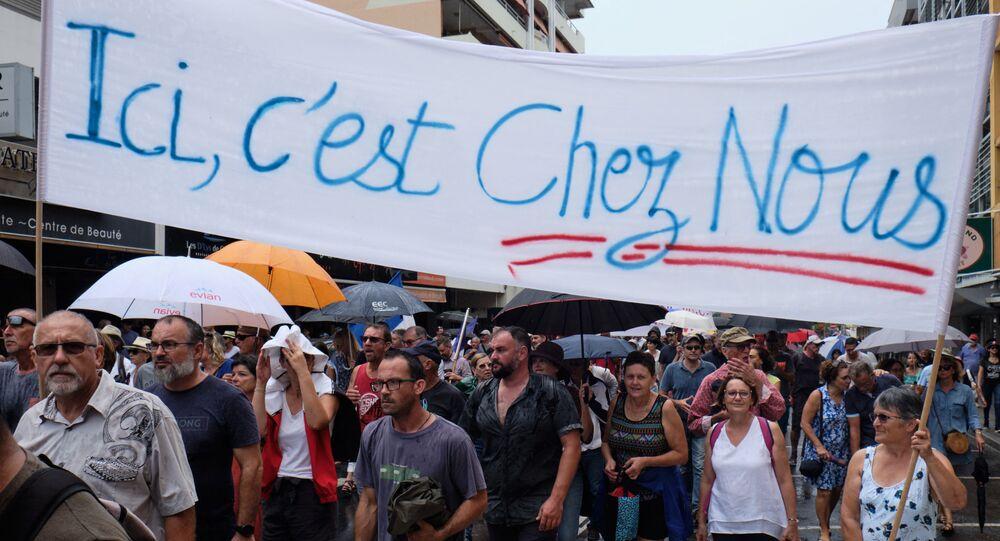 Manifestation de loyalistes à Nouméa