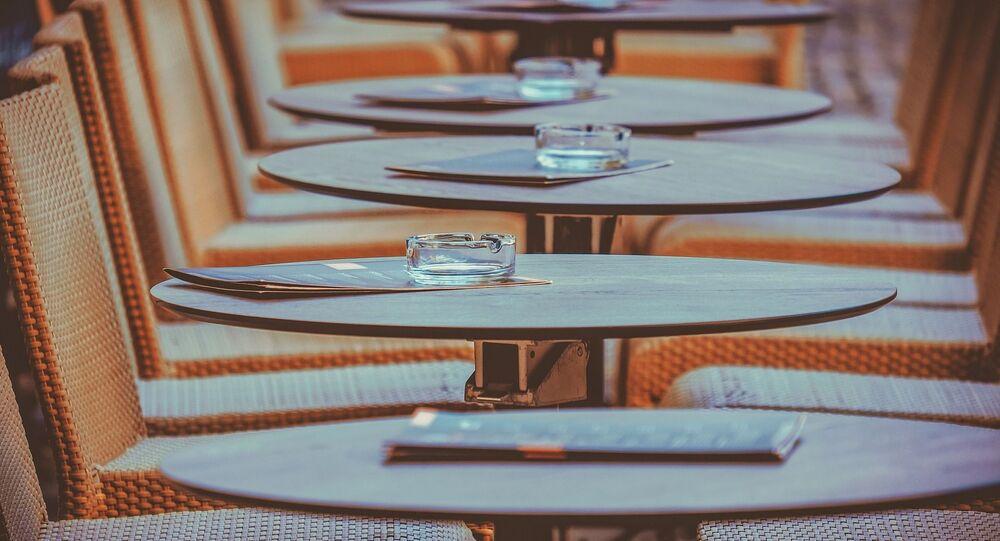 Des tables (image d'illustration)