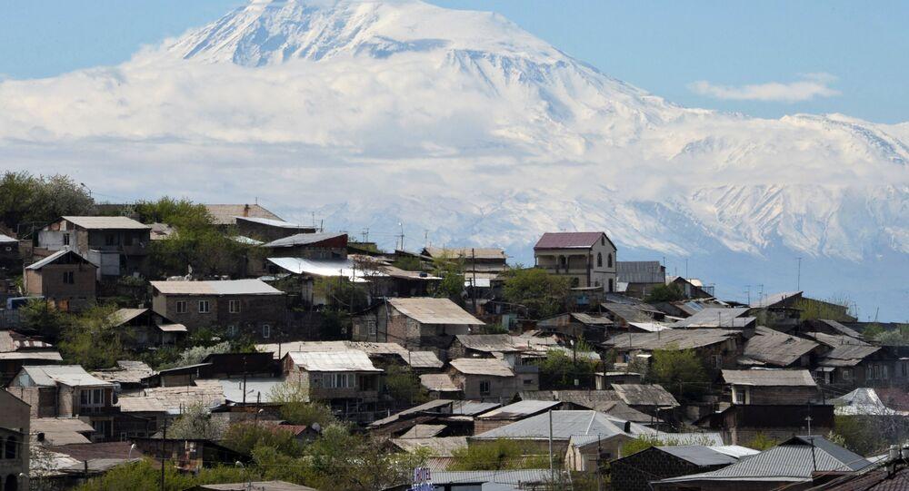 Le mont Ararat vu depuis le territoire arménien (archive photo)