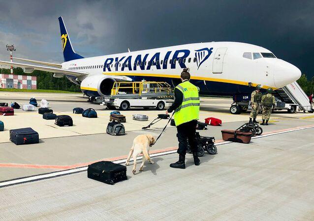un Boeing 737-8AS de Ryanair à Minsk