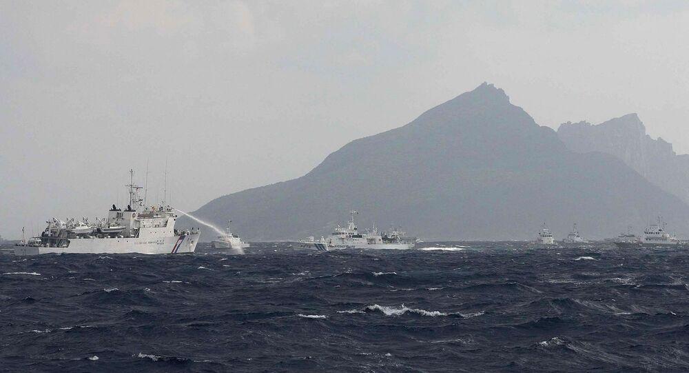 Des navires taïwanais près des îles Senkaku, le 25 septembre 2012