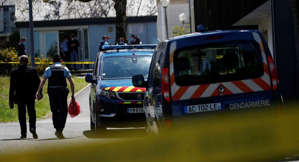 Les forces de l'ordre près du site de l'attaque contre une policière à La Chapelle-sur-Erdre