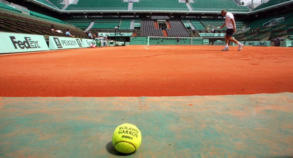 Un court de tennis à Roland-Garros (Photo de JACQUES DEMARTHON / AFP)