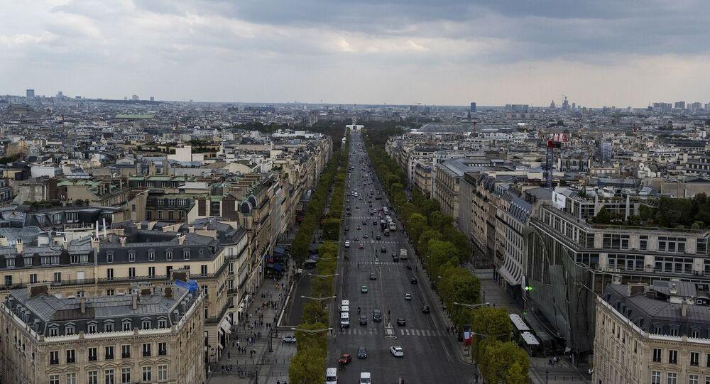 Les Champs-Élysées (image d'illustration)