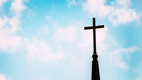 Une croix chrétienne - Sputnik France