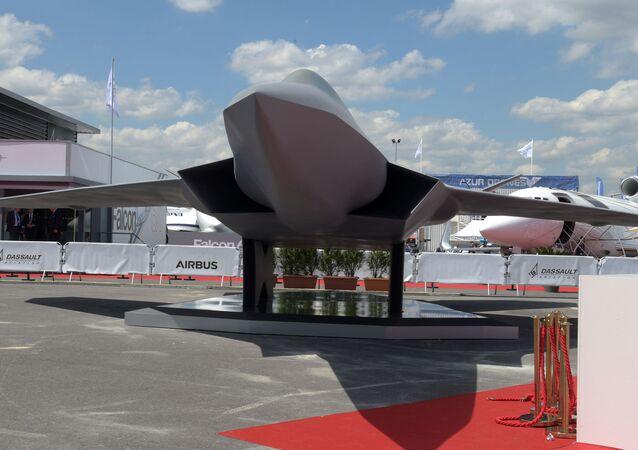 Maquette grandeur nature du Système de Combat Aérien Futur (SCAF-FCAS)